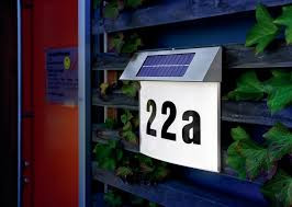 Solárne LED osvetlenie domového čísla Vision